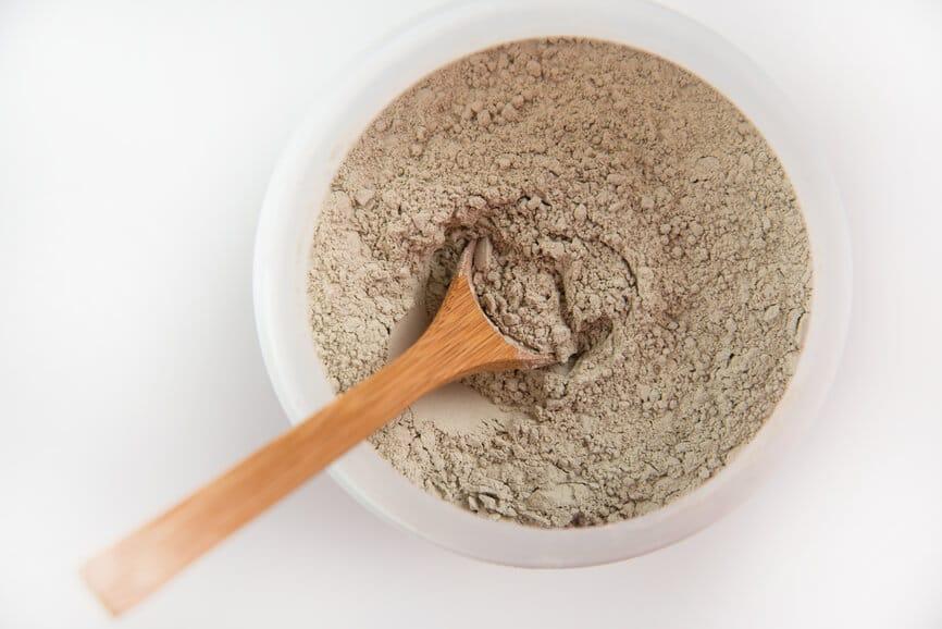 Bentonite Clay Uses and Benefits