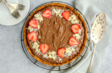 Dark Chocolate Pie (Paleo & Vegan)