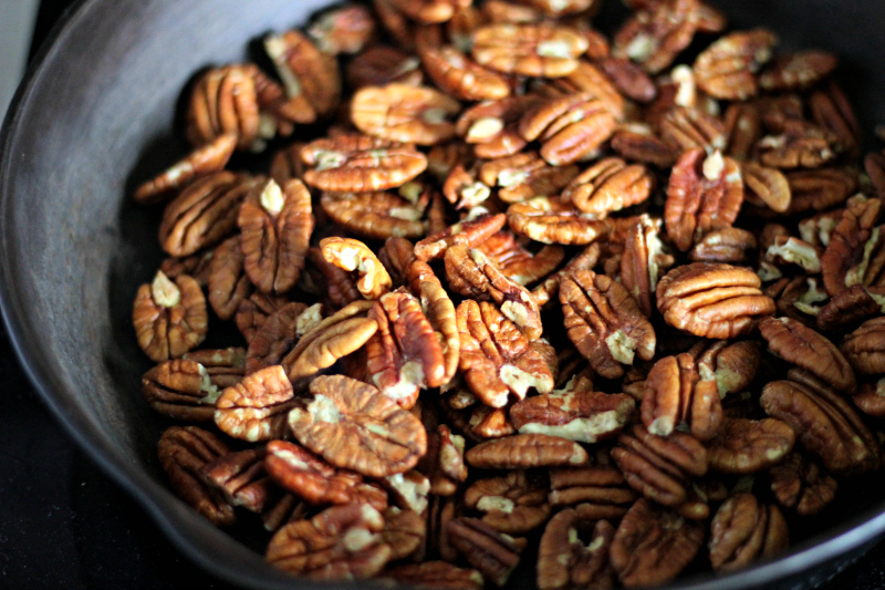 candied pecans recipe step 1