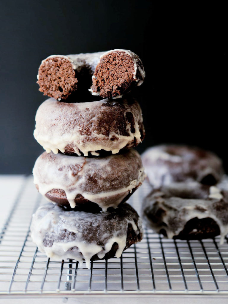 chocolate coconut flour donuts