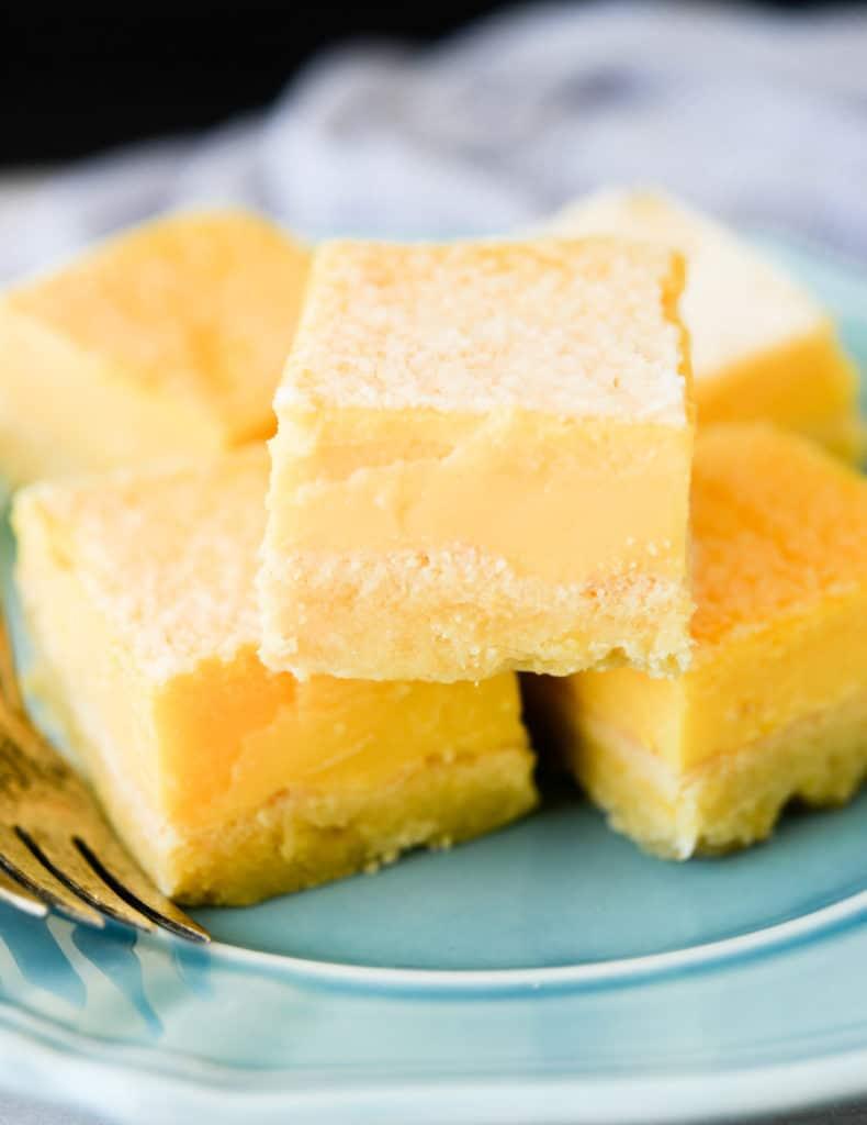 blue plate with keto lemon bars