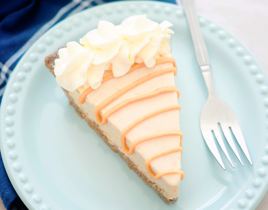 keto peanut butter pie on a blue plate